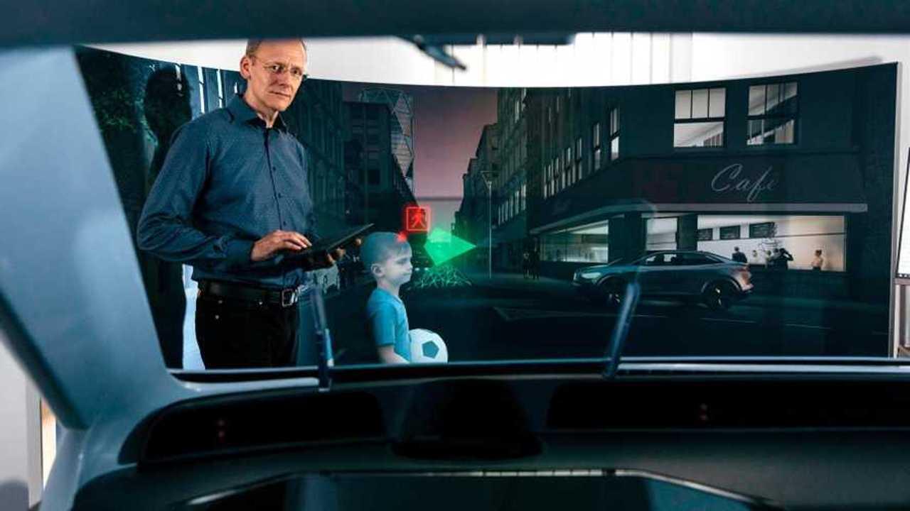 Volkswagen e lo schermo olografico