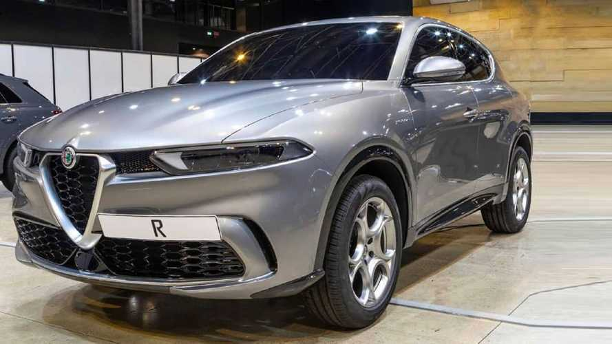 Alfa Romeo Tonale Leaks, Showing Italian Compact Crossover Early