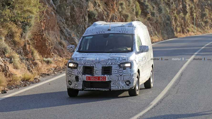 Dacia Dokker spy photos