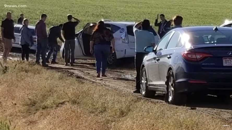 Google Maps Detour Leaves Nearly 100 Drivers Stuck In Empty Field