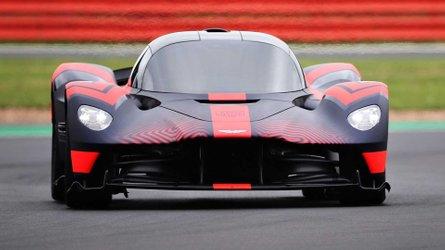 Aston Martin a fait rouler la Valkyrie et la Valhalla ensemble