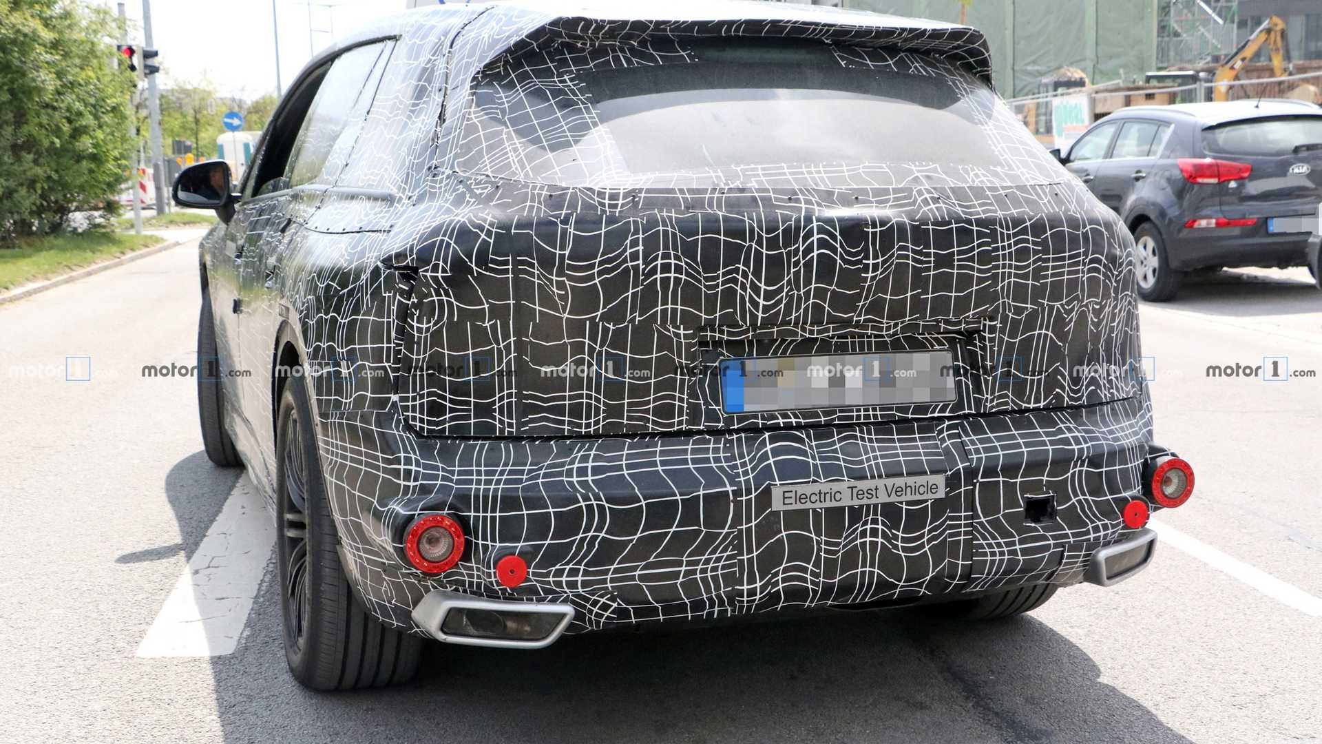 2021 BMW INext Is Fully Autonomous SUV >> 2021 Bmw Inext Teases Its Huge Curved Display