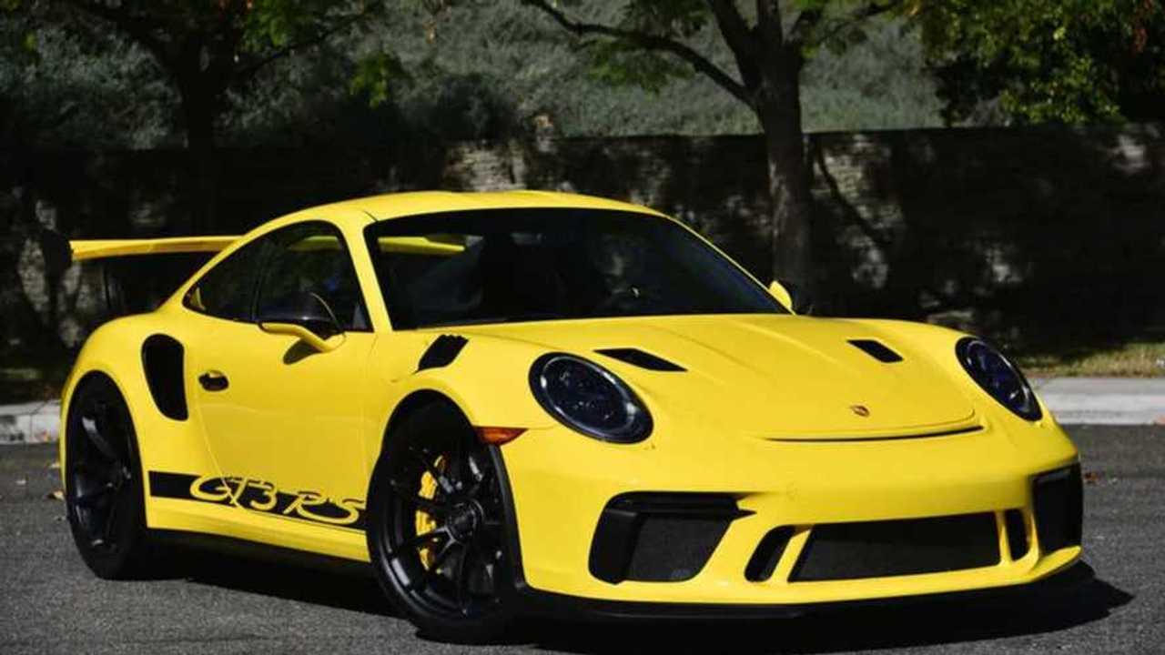 2019 Porsche 911 GT3 RS In Racing Yellow Is A Stunner