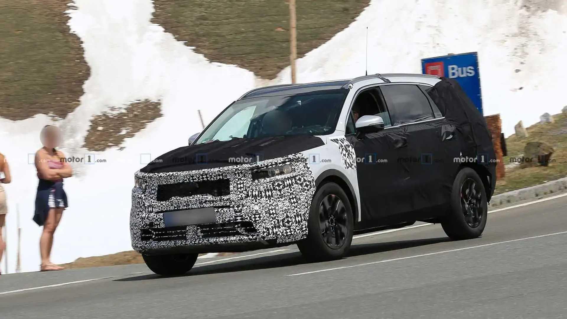 2020 Kia Sorento Rumors, Redesign, Hybrid >> Next Gen Kia Sorento Spied Expected To Debut For 2021 Model Year
