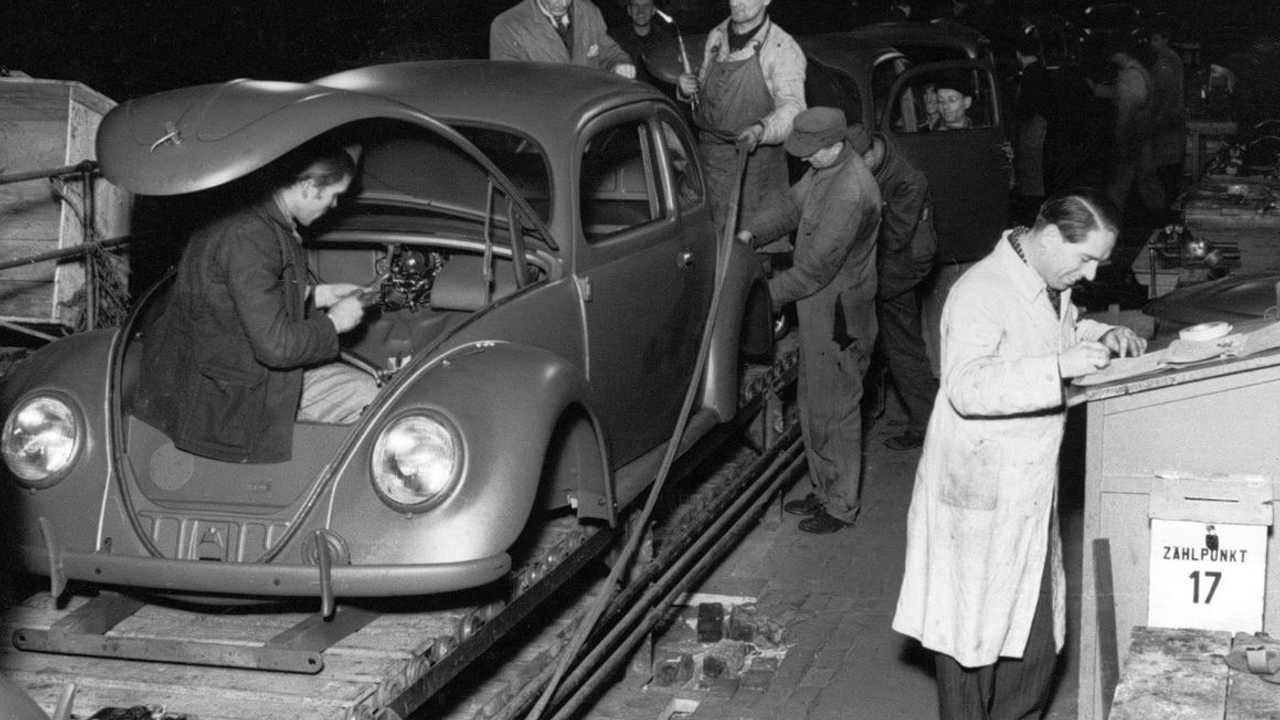 L'une des premières coccinelles Volkswagen à avoir été fabriquées