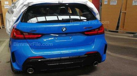 Yeni BMW M135i xDrive'ın arka bölümü ortaya çıktı