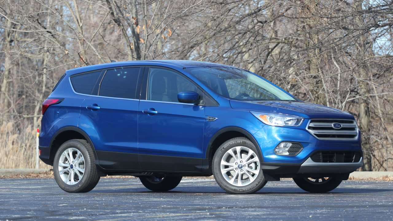 2019 Ford Escape SE Pros And Cons