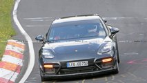 Porsche Panamera Turbo with aero kit spy photos