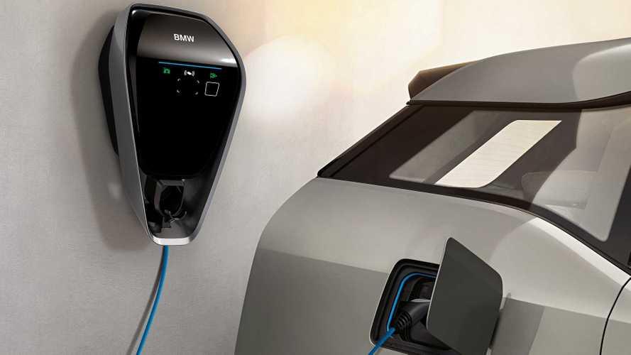 Auto elettriche, ecco come avere più potenza (gratis) per caricare a casa