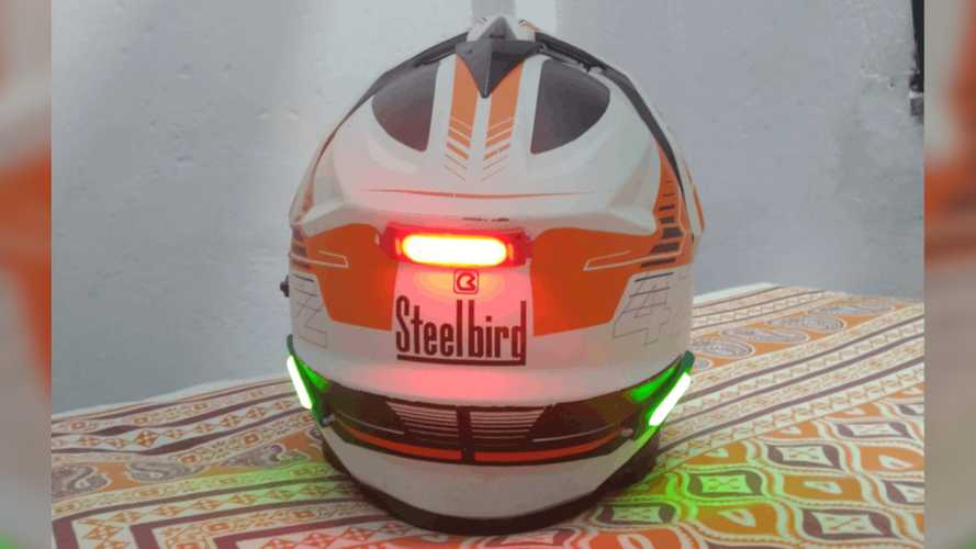 This Helmet Smart Light Gets You Seen