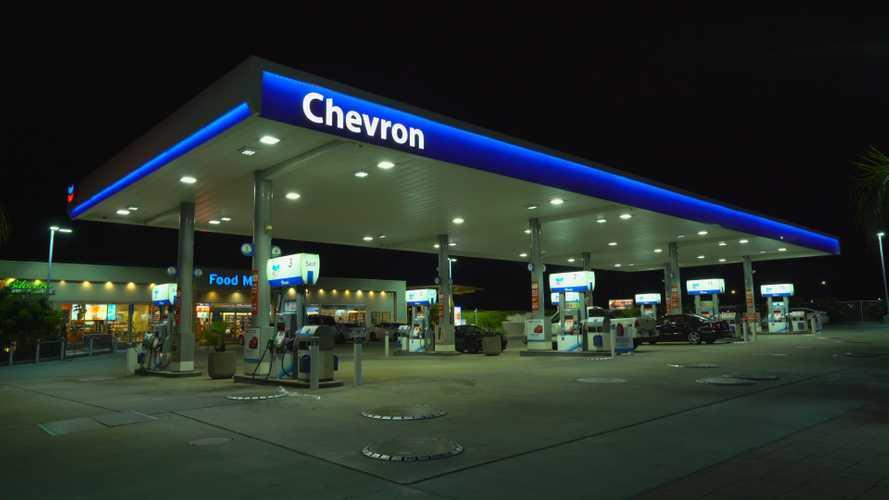 Chevron, la compagnia petrolifera punta sull'elettrico