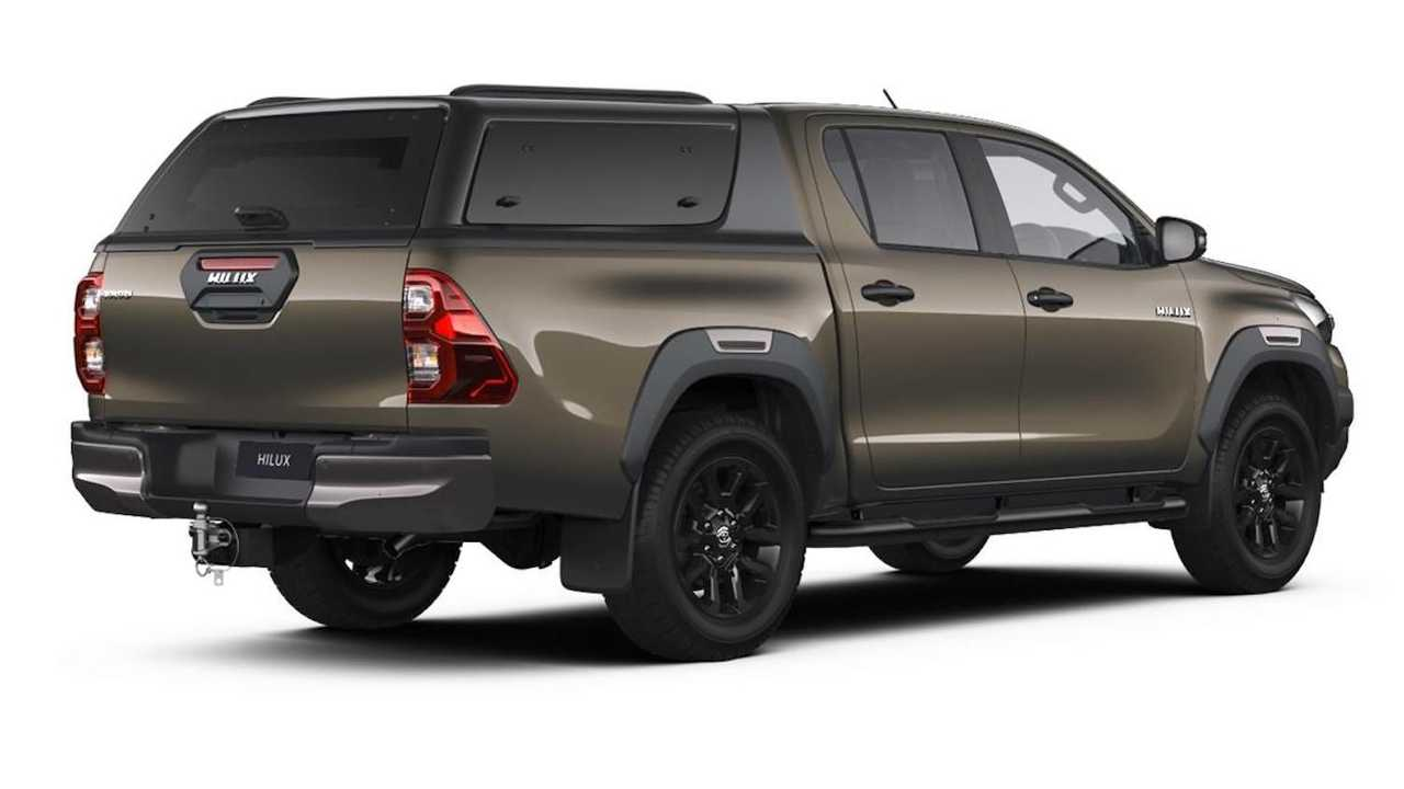 Toyota Hilux Official Accessories - With Leisure Hardtop And Side Steps