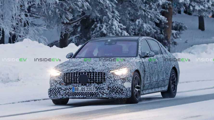 2021 Mercedes-AMG S63e spy photos