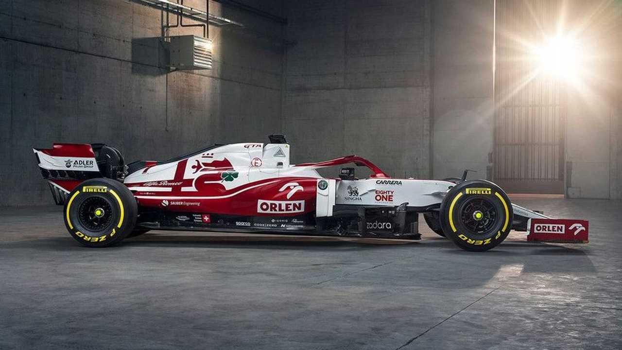 Alfa Romeo Racing C41 Formula 1 car revealed right side view