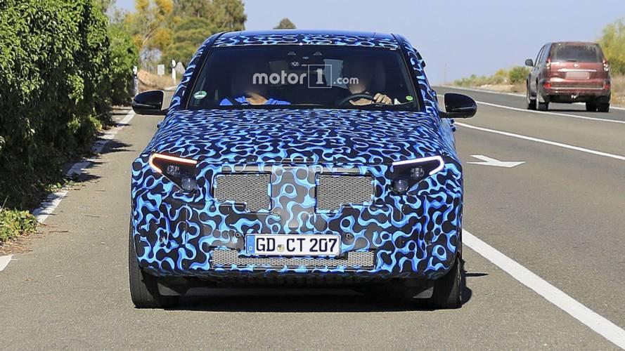 VIDÉO - Le premier SUV électrique de Mercedes testé à l'extrême