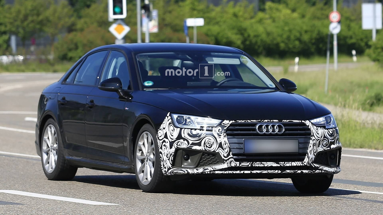 Audi A4 Sedan facelift spy photo