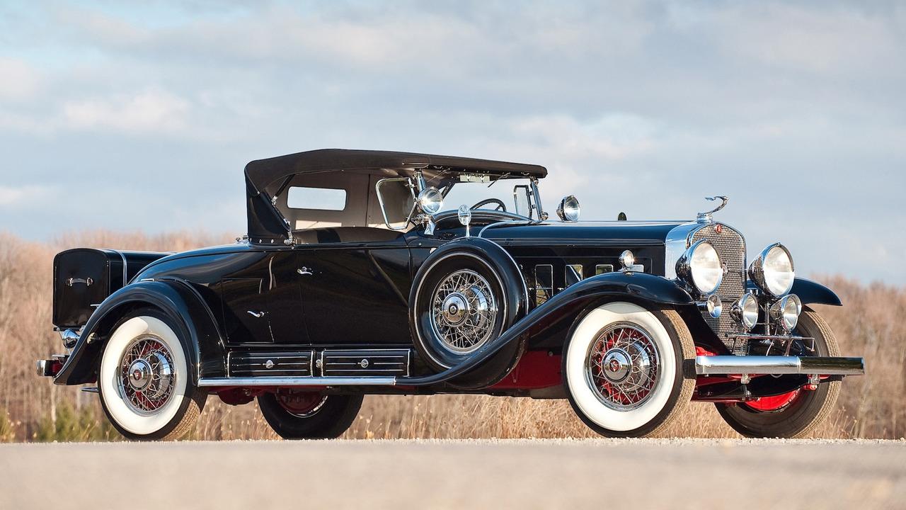 3. Cadillac V16, 1930