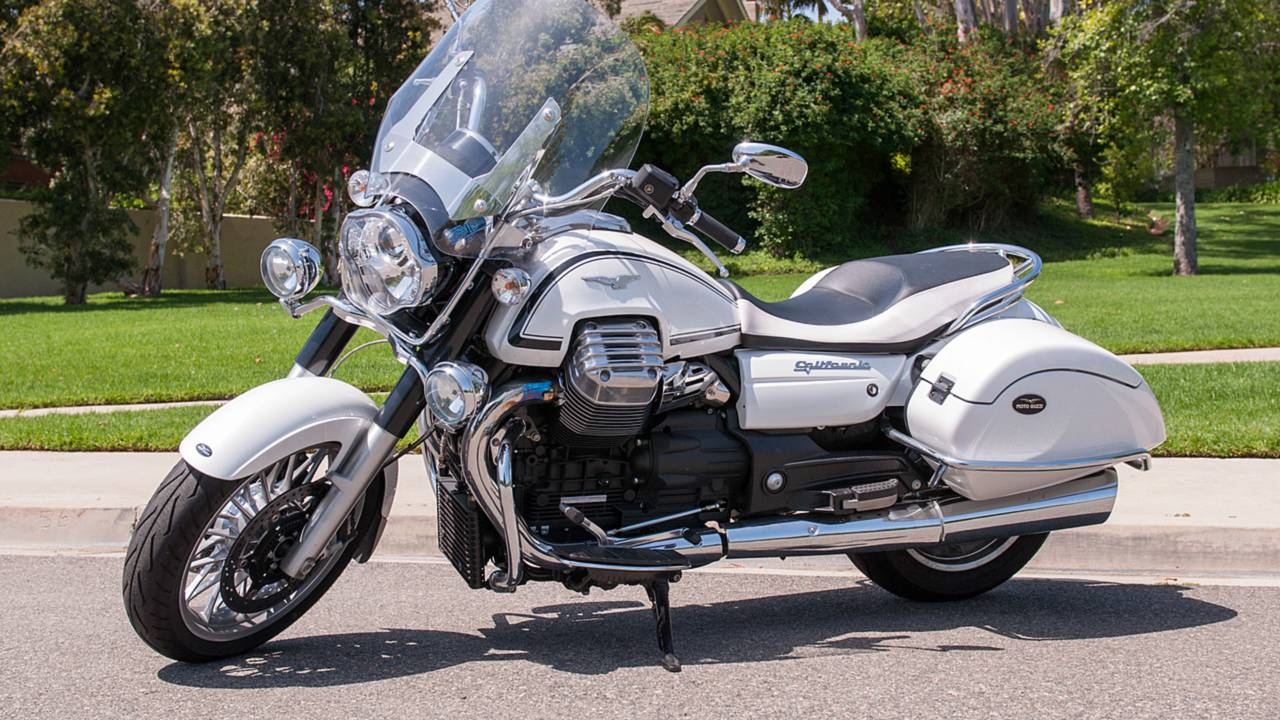 rideapart review moto guzzi california 1400 touring. Black Bedroom Furniture Sets. Home Design Ideas