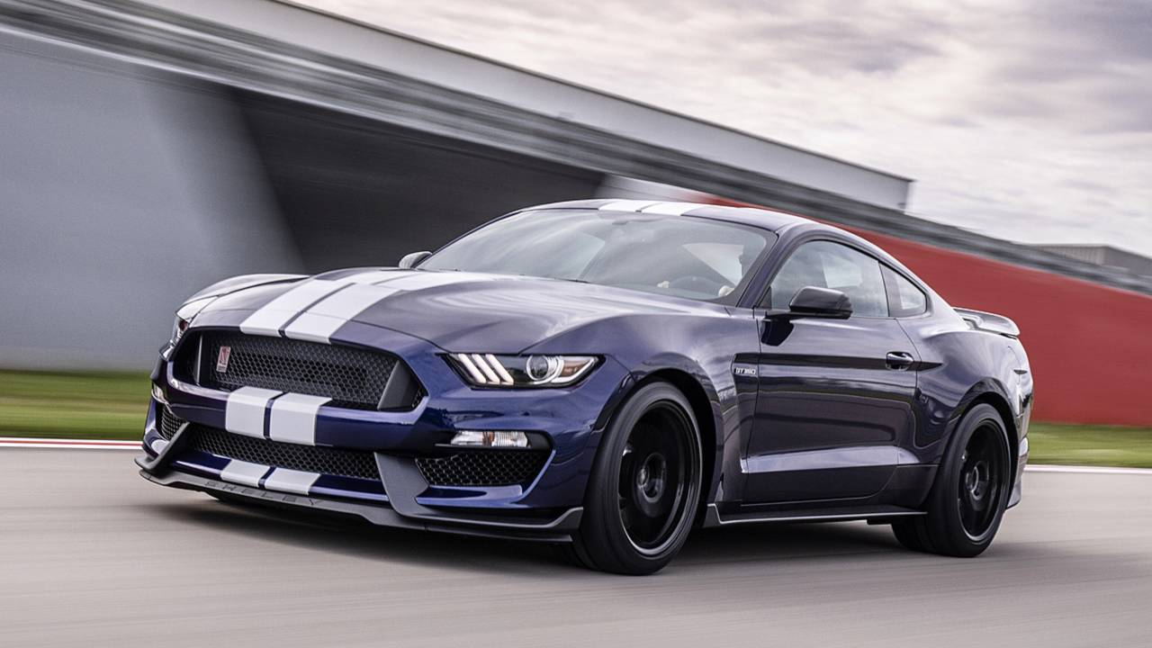 New Ford Mustang 2019 Convertible Coupe Ford Uk >> 2019 Ford Mustang Shelby Gt350 Gets Sharper More Stylish