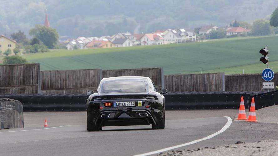 Mark Webber Porsche Mission E test sürüşü