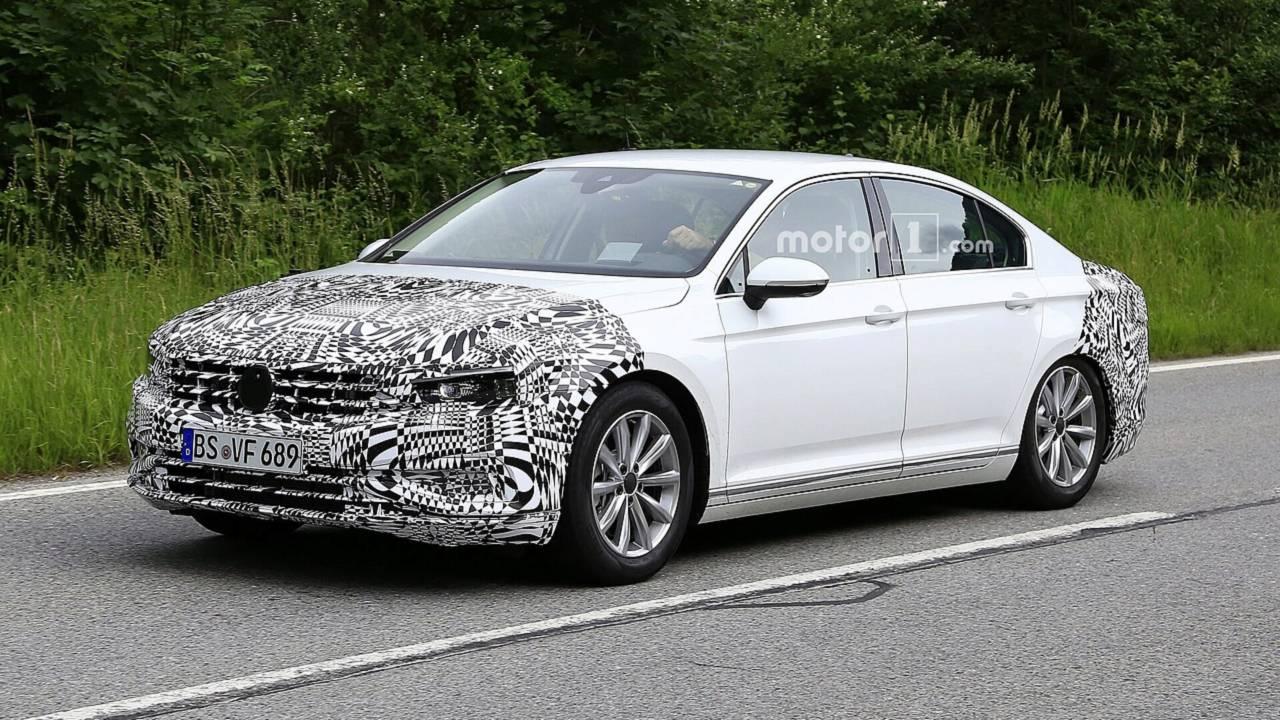 2019 VW Passat restylée photos espion