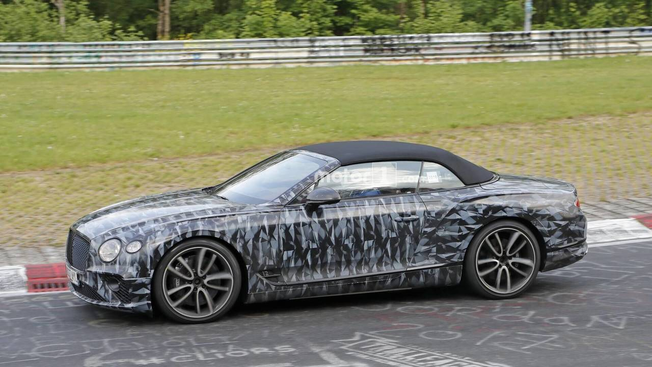 Bentley Continental GTC spy photo