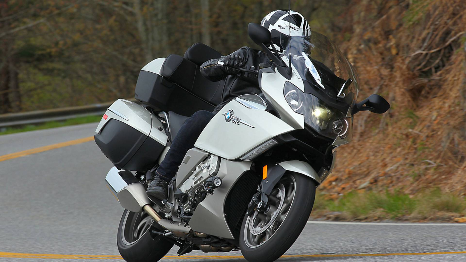 RideApart Review: BMW K 1600 GTL