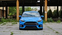 2016 Ford Focus RS vs. 2018 Honda Civic Type R