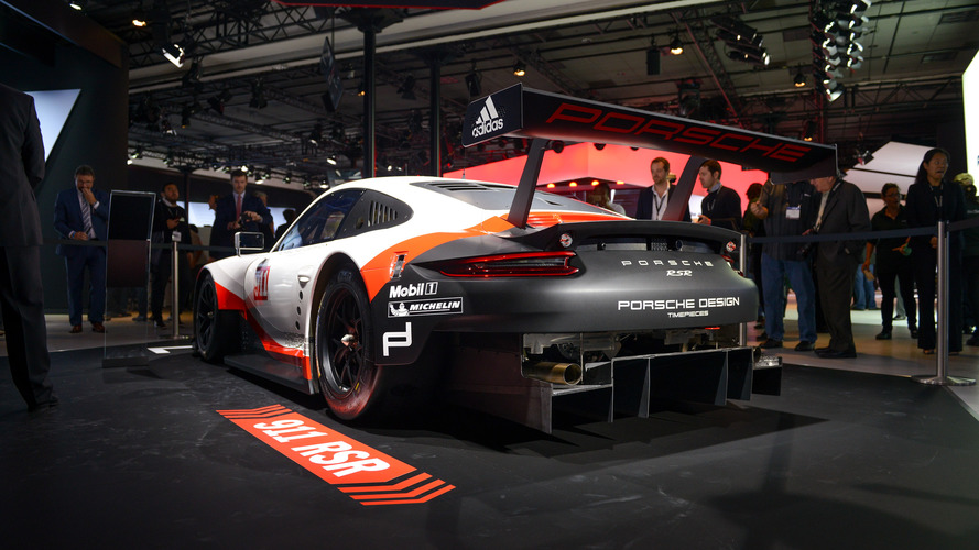 Mid Engined Porsche 911 Rsr Screams At Monza With New Exhaust