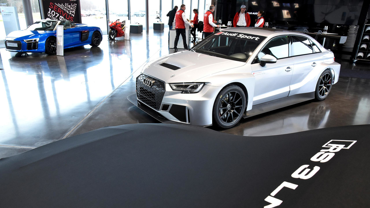 Kelebihan Kekurangan Audi Rs3 Lms Top Model Tahun Ini