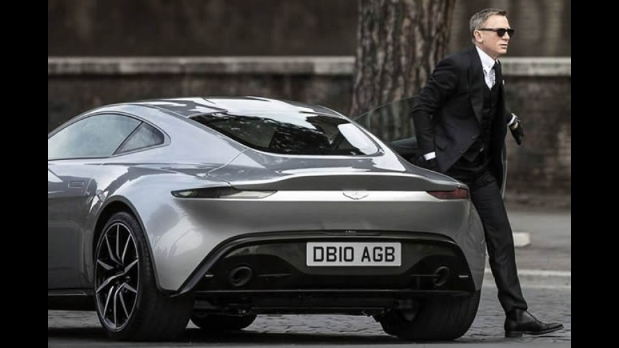 "James Bond é ""flagrado"" com seu novo Aston Martin DB10 na Itália"