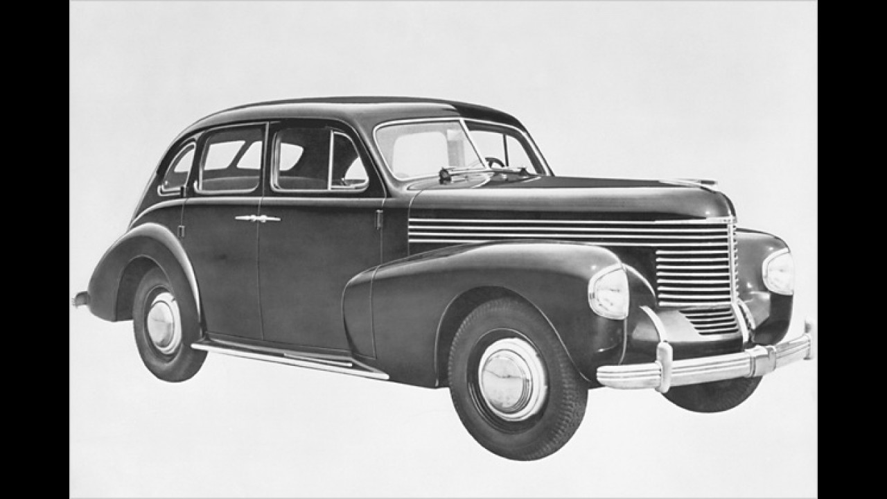 Sechszylinder-Reihenmotor für die Oberklasse: Der Opel Kapitän fand sich 1939 in Genf ein