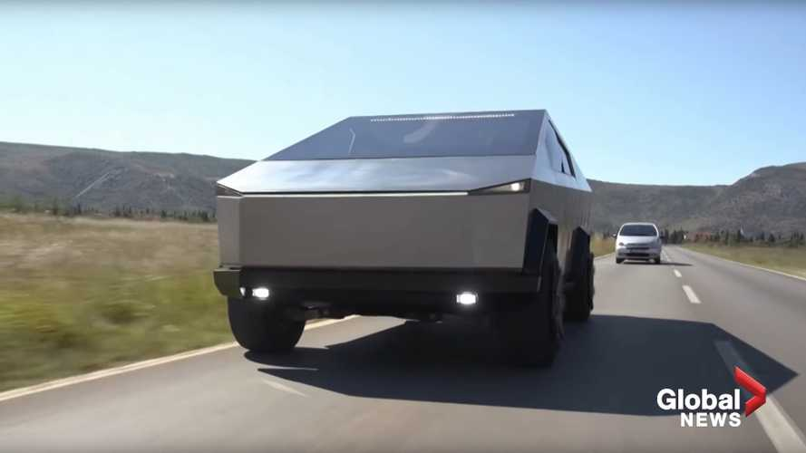 Ford F-150 Raptor Changes Its Skin To Look Like The Tesla Cybertruck