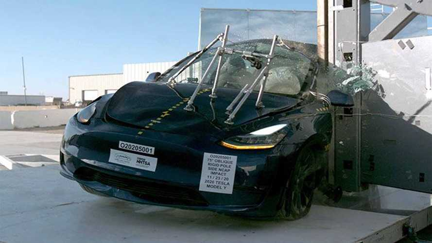 Tesla Model Y promossa a pieni voti: ecco il video del crash test