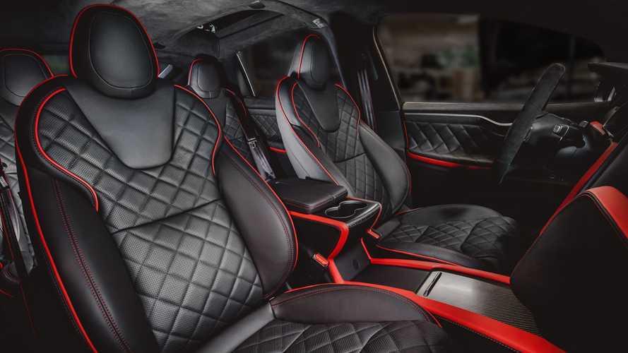 Vilner soigne l'intérieur du Tesla Model X