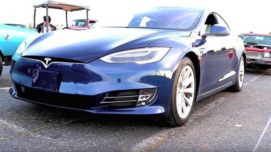 Tesla Model S Ludicrous ile Rekor Kırdı!