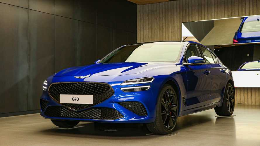2022 Genesis G70 Shows Major Facelift In Real Images, Gains Drift Mode
