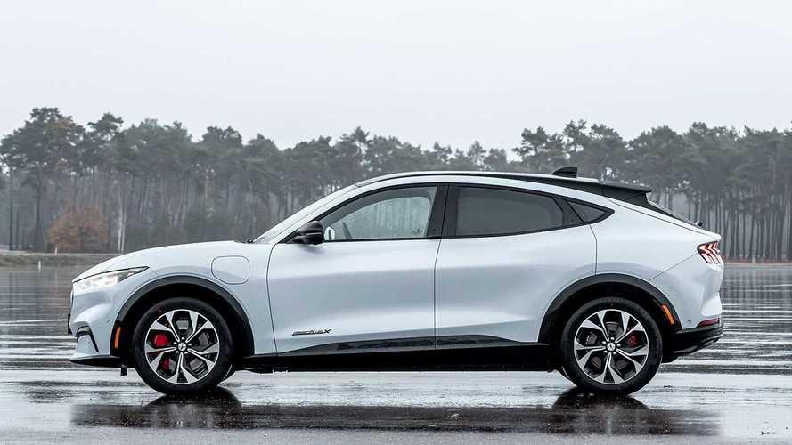 Ford anuncia que irá vender somente carros elétricos na Europa em 2030