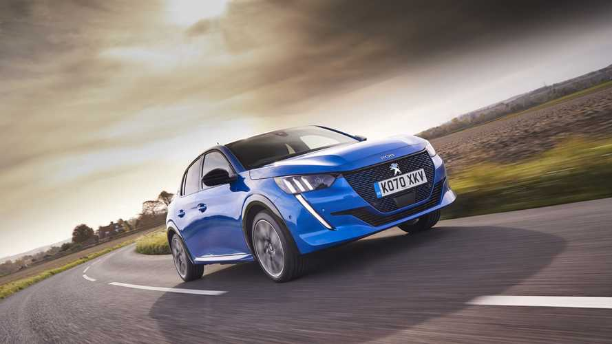 UK: Onto orders 300 Peugeot e-208 and 300 DS 3 Crossback E-Tense