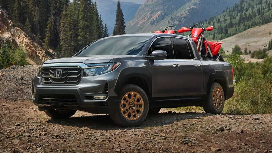 Honda Dealers Say Ridgeline Wasn't Packaged Well Enough Until Now