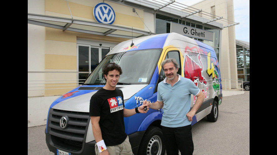 Uno speciale VW Crafter per Andrea Dovizioso