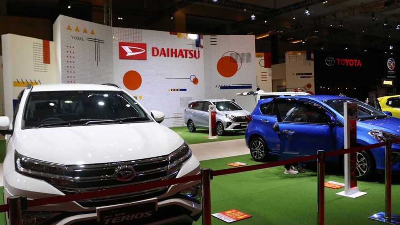 Daihatsu yakin total penjualan mobil Indonesia pada 2021 bisa lampaui target.