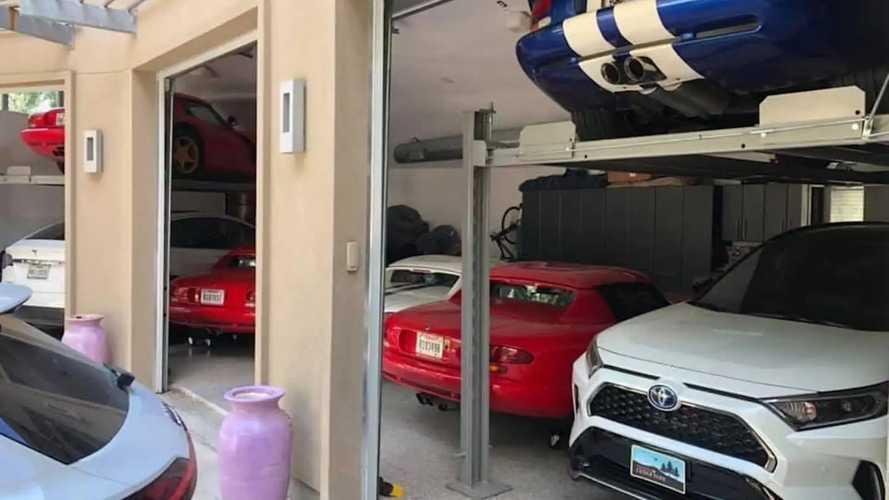 Voilà comment ranger 7 voitures dans un garage de 3 places