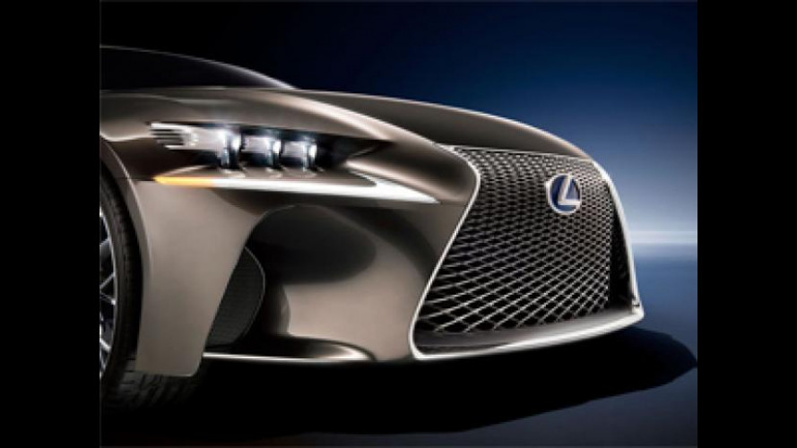 Nuova Lexus IS, il debutto al Salone di Detroit 2013