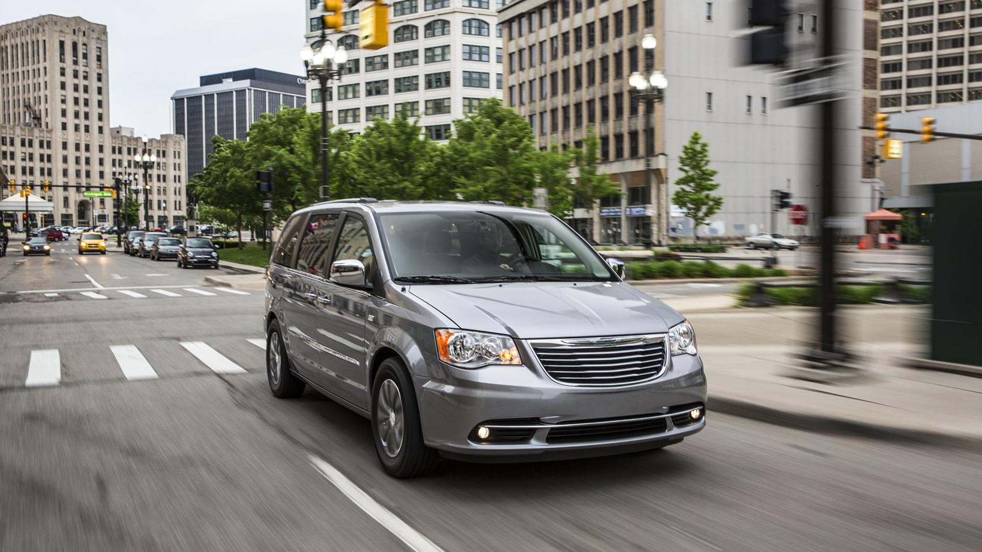 Dodge Grand Caravan And Chrysler Town Country Receive 30th