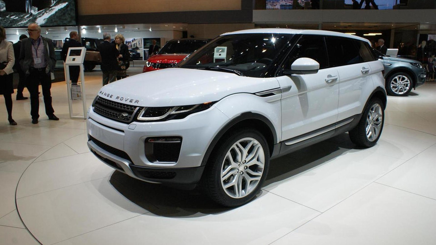 Range Rover Evoque shows its facelift in Geneva