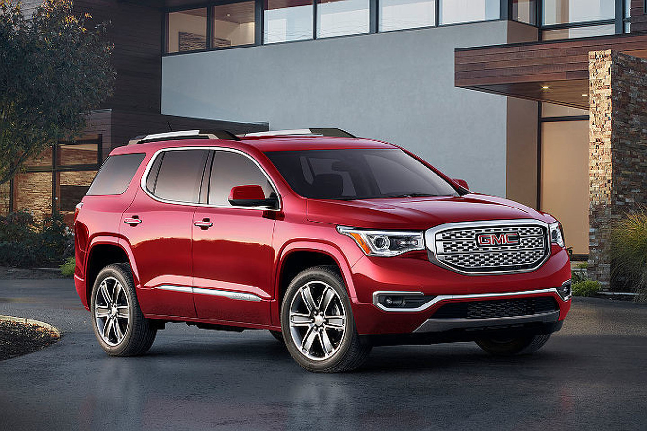 The 2017 GMC Acadia Closes in on the Yukon