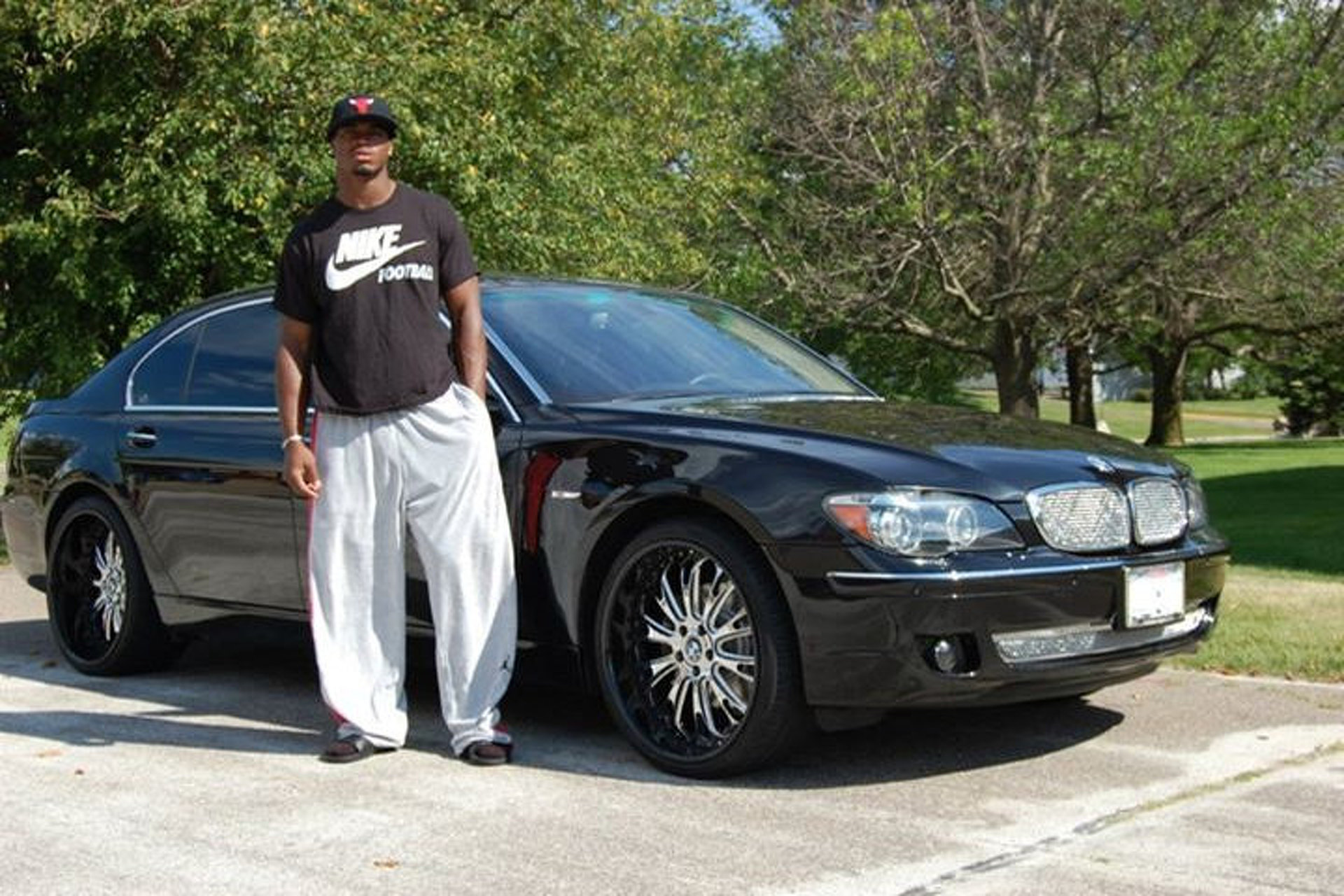 Is Adrian Peterson S Custom Bmw 7 Series Pro Bowl Status