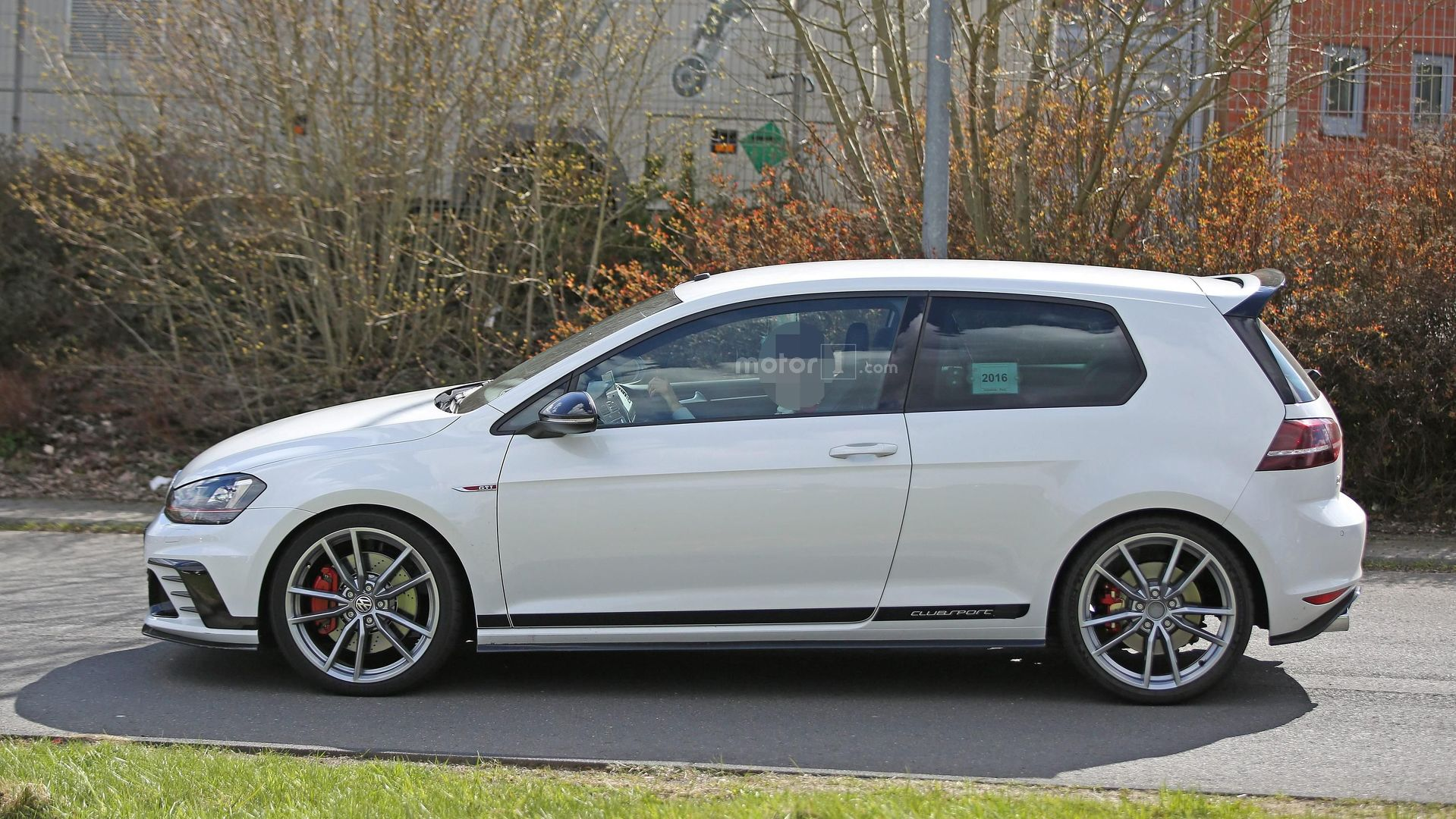 Volkswagen Golf Gti Clubsport S Spied For The First Time 34 Pics R Fuse Diagram