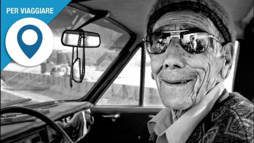 In auto con gli anziani? Sei mosse per un viaggio anti-stress